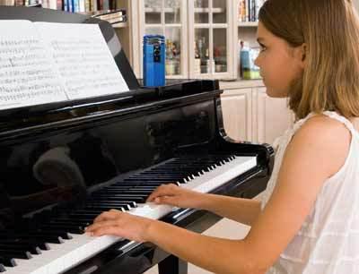 Pianoweb400