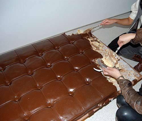 Chocolatecouch3